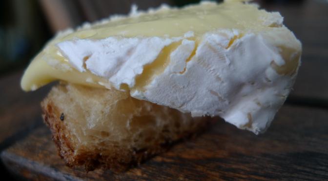 en liten ost